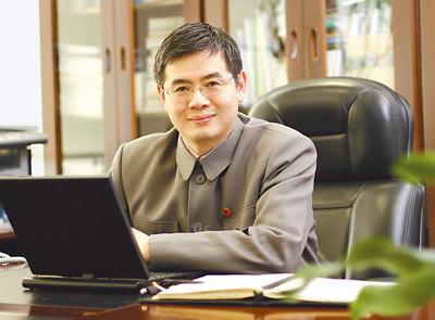 访龙芯总裁胡伟武:将创新进行到底